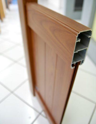 coupe-portail-faux-bois