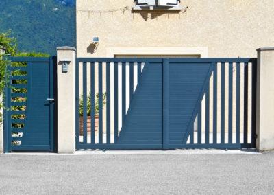 portail-grenoble-coulissant-electrique-aluminium